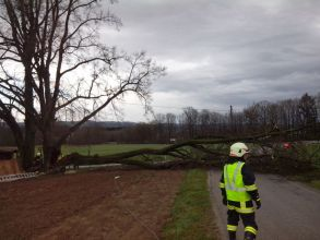 b_0_220_16777215_00_images_stories_Einsaetze_2015_20150331_Unwetter_9.jpg