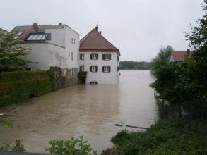 b_0_220_16777215_00_images_stories_Jahre_2013_20130602_Hochwasser_Schaerding_05.jpg